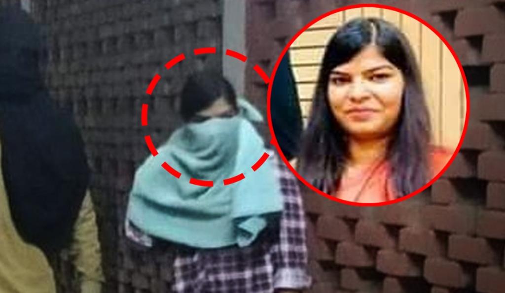 कोमल शर्मा थी JNU में हिंसा करने वाली नकाबपोश लड़की