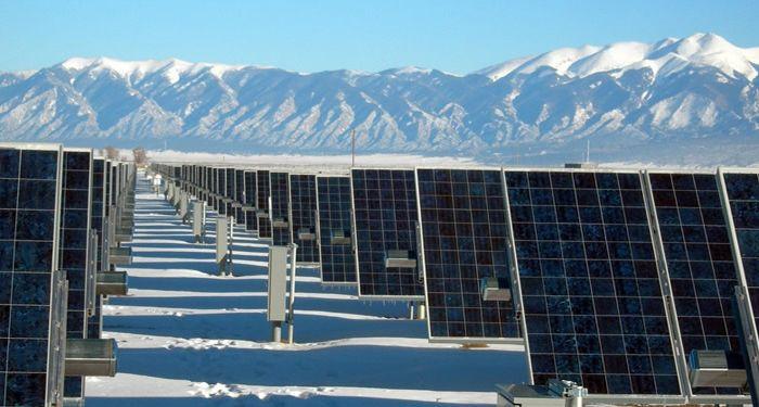 उत्तराखंड: पलायन रोकने के लिए सोलर एनर्जी से बिजली एकत्र करेगी सरकार