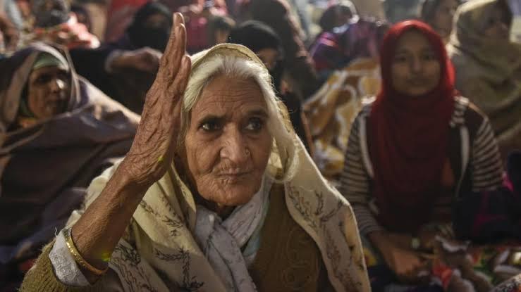 'शाहीन बाग के प्रदर्शन में मुझे मानवता खींच ले आई'