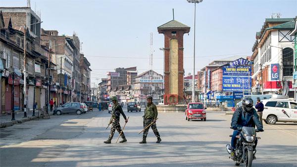 16 देशों के राजनयिक आज कश्मीर का दौरा करेंगे16 देशों के राजनयिक आज कश्मीर का दौरा करेंगे