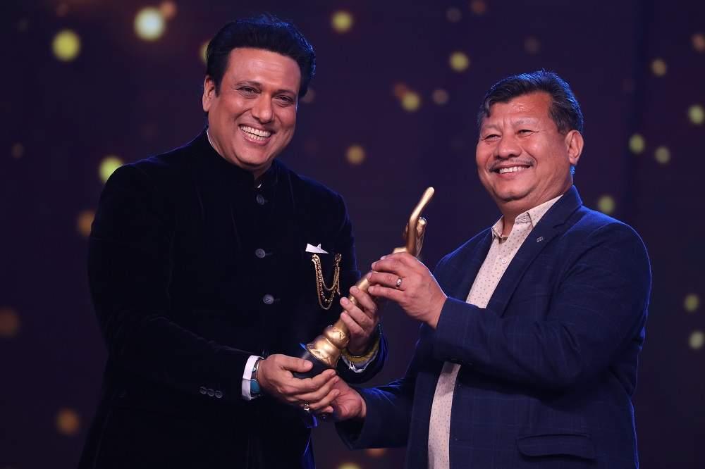 Filmfare Awards 2020: तेरे चेहरे से नजर नहीं हटती नजारे हम क्या देखें