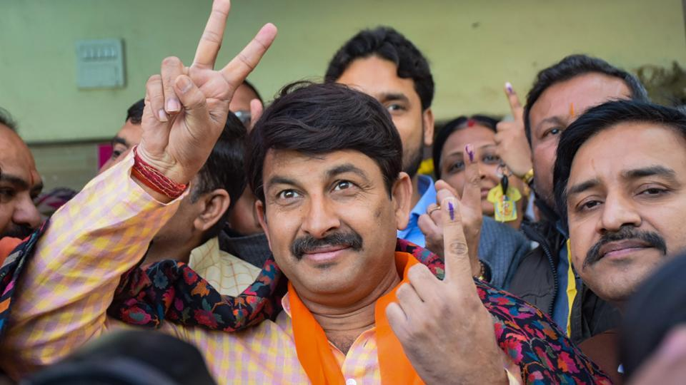 दिल्ली चुनाव: ताजा रुझान देख मनोज तिवारी बोले- मैं नर्वस नहीं हूं, यूजर्स ने कहा- सुबह-सुबह ही झूठ