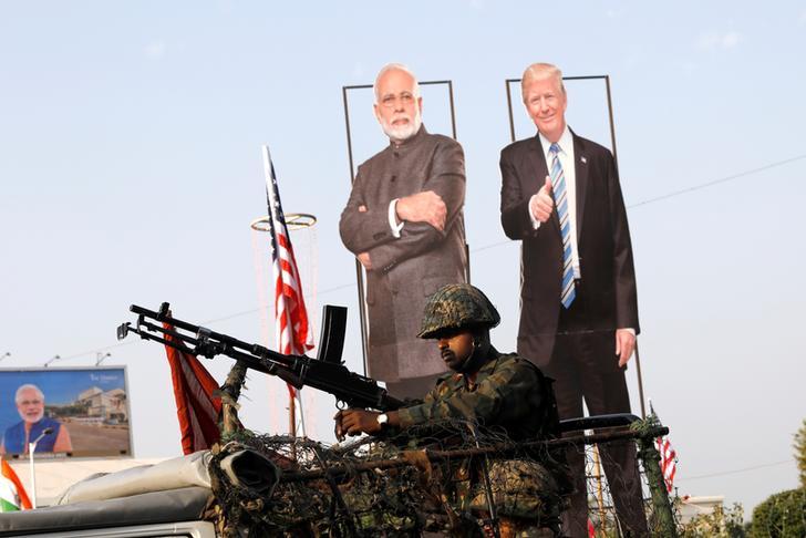 ट्रंप तीसरे अमेरिकी राष्ट्रपति बने जो भारत आएं पर नहीं करेंगे पाकिस्तान का दौरा