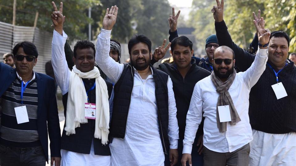 दिल्ली की जनता ने अमित शाह और BJP को करंट पहुंचा दिया: अमानतुल्लाह खान