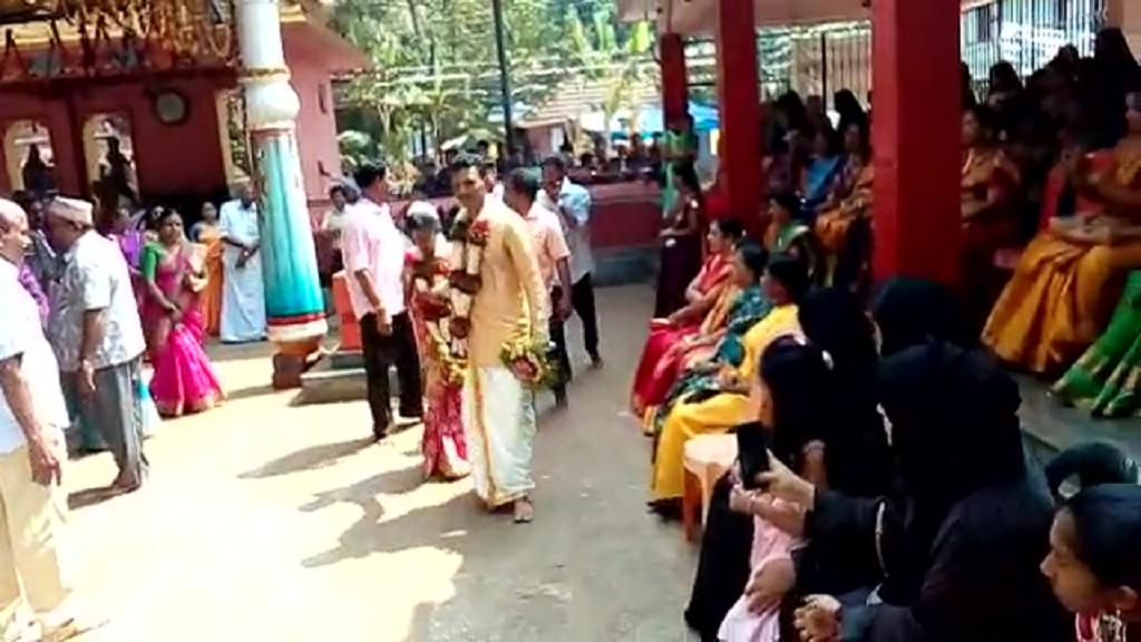 मुस्लिम परिवार ने गोद ली हुई बेटी की हिंदू रीति-रिवाज से कराई शादी, सोशल मीडिया पर वायरल
