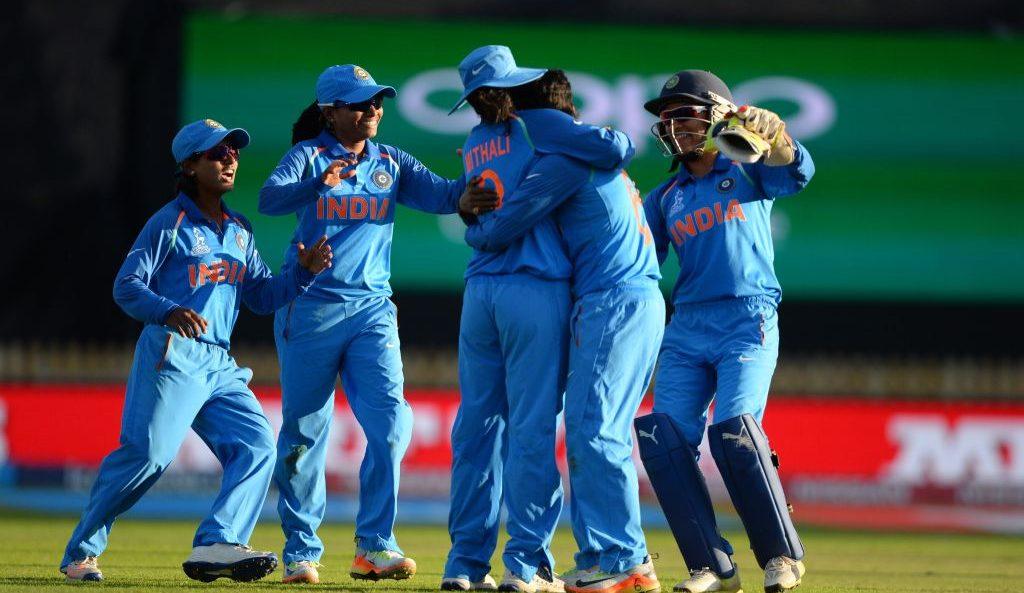 भारत ने ऑस्ट्रेलिया को 17 रनों से हराकर किया जीत का आगाज