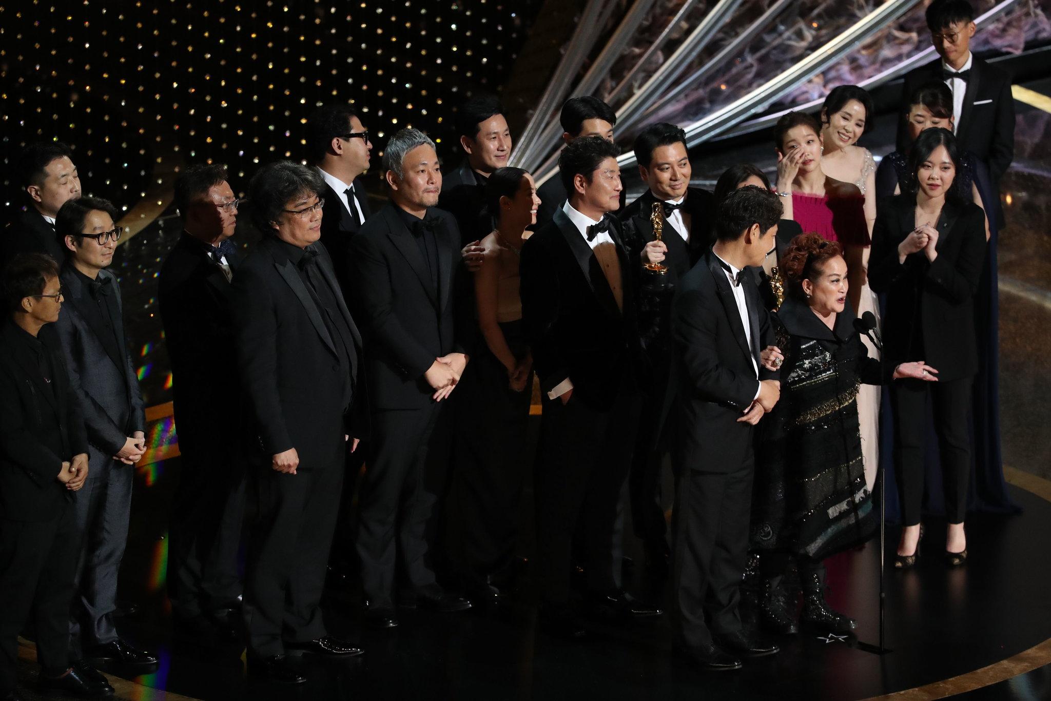 Oscar2020: बेस्ट फिल्म 'पैरासाइट' और बेस्ट एक्टर अवार्ड 'जोकर' के नाम, पढ़िए किस फिल्म, कलाकार को मिला कौन-सा अवॉर्ड