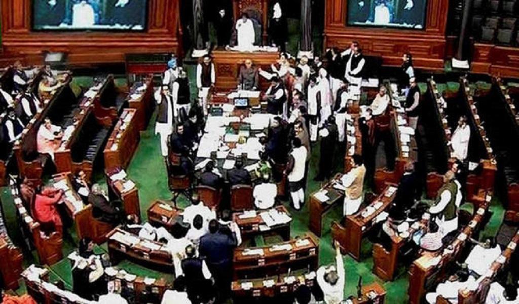कांग्रेस के 7 सांसदों के निलंबन पर संसद में भारी हंगामा, कार्यकाल 11 मार्च तक स्थगित