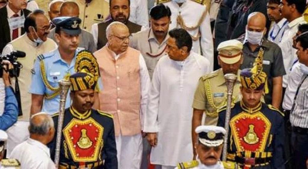 सुप्रीम कोर्ट में BJP की याचिका पर सुनवाई टली, राष्ट्रपति शासन लगने के आसार बढ़े