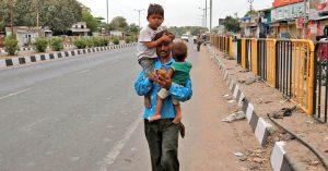 लॉकडाउन के बाद घर लौट रहे 8 मजदूरों की बीच रास्ते में मौत
