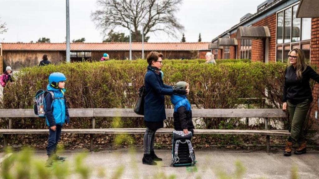 डेनमार्क में लॉकडाउन के बीच शुरू हुए स्कूल, बनाए कुछ सख्त नियम