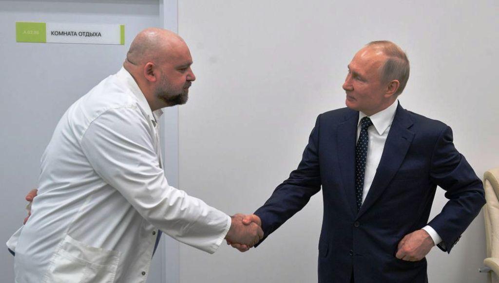 कोरोना का खतरा अब रूसी के राष्ट्रपति व्लादिमीर पुतिनतक पहुंचा