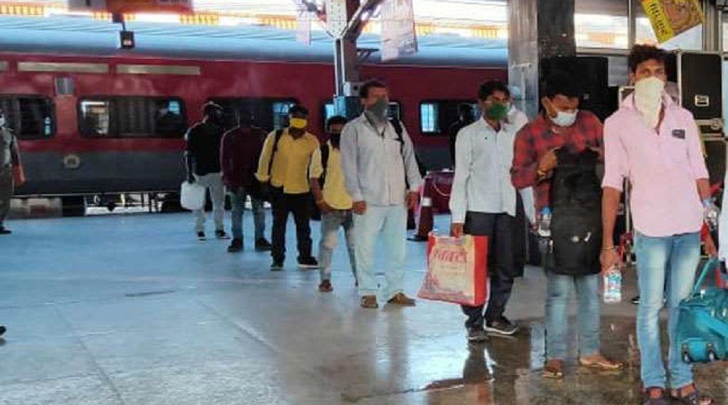 बिहार: 28 हजार मजदूर श्रमिक स्पेशल ट्रेन से लौटे, कर्नाटक मामले पर सियासत गर्म