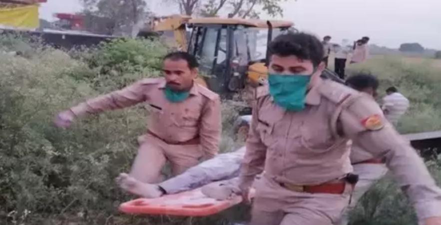 नहीं थम रहा है मजदूरों की मौत का सफर, यूपी के औरेया में 24 मजदूरों की मौत