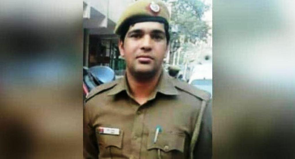 दिल्ली पुलिस का जवान अमित ले रहा था अंतिम सांसें, अधिकारी मना रहे थे जश्न