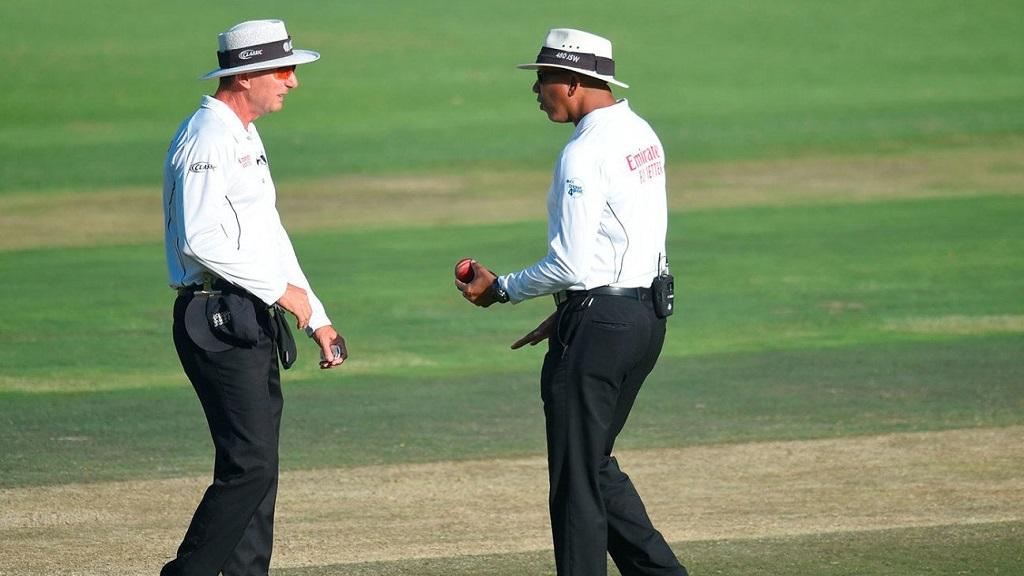 कोरोना प्रसार को रोकने के लिए अंपायरों के लिए ICC ने जारी किए सख्त नियम