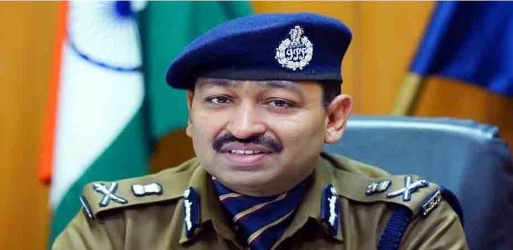 IPS ऑफिसर अशोक कुमार की पहल पर पत्रकार अहसान अंसारी के मुकदमे हुए ट्रांसफर