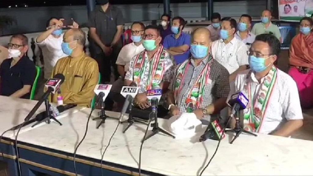 BJP के 9 विधायकों ने दिया इस्तीफा, मुश्किल में आई मणिपुर सरकार