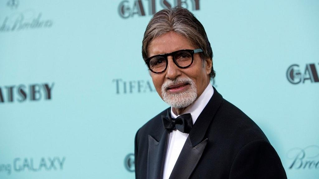 अमिताभ बच्चन का 'मिशन मिलाप', 720 मजदूरों को विमान से पहुंचा रहे घर