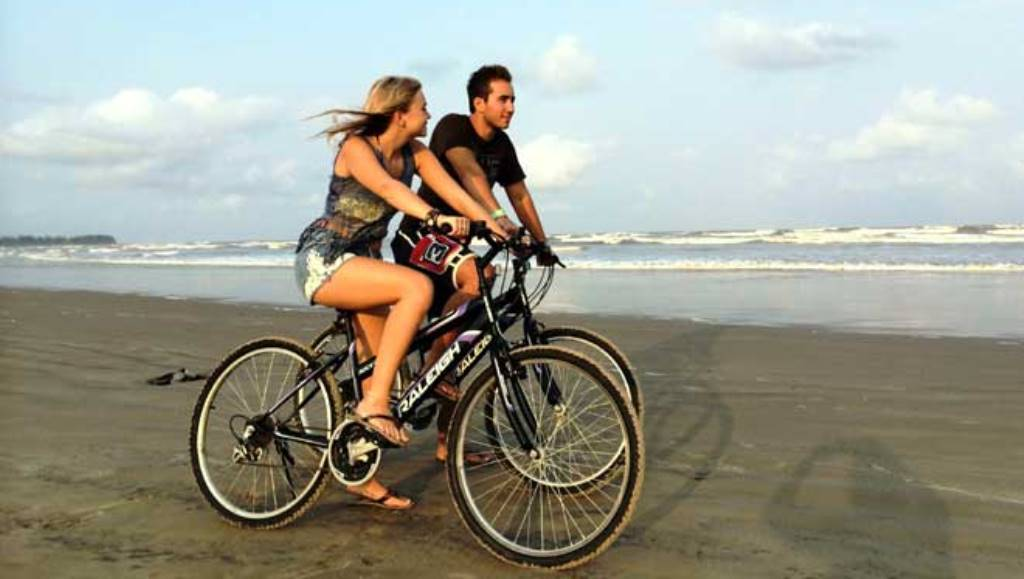 वर्ल्ड बाइसिकल डे है आज, जानिए किसने और कब बनी थी पहली साइकिल