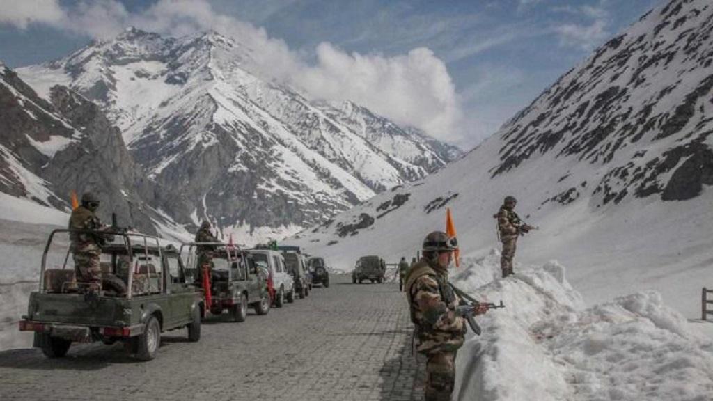 भारतीय और चीनी सेनाओं के बीच कोर कमांडर स्तरीय बैठक चुशूल में शुरू