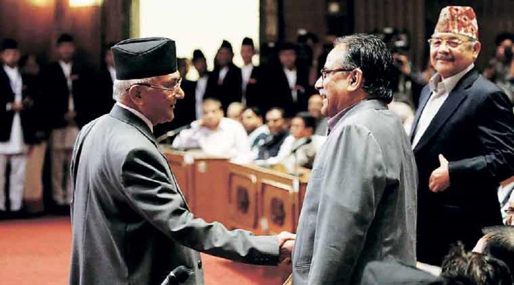 नेपाल के प्रधानमंत्री केपी ओली की कुर्सी खतरे में