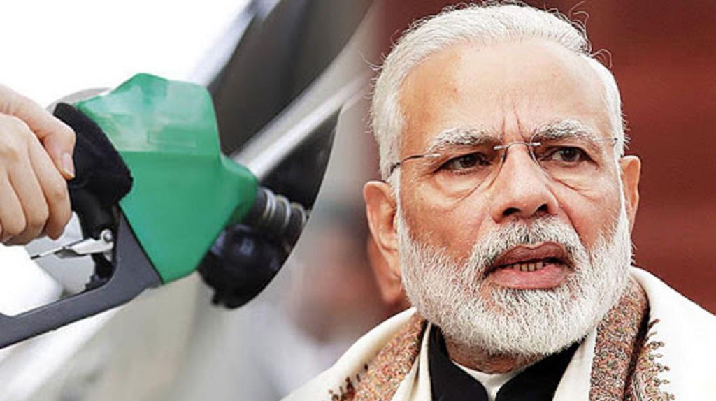 कांग्रेस प्रवक्ता ने कहा, मोदी पहले ऐसे PM जिनकी उम्र प्रति लीटर पेट्रोल-डीजल से कम