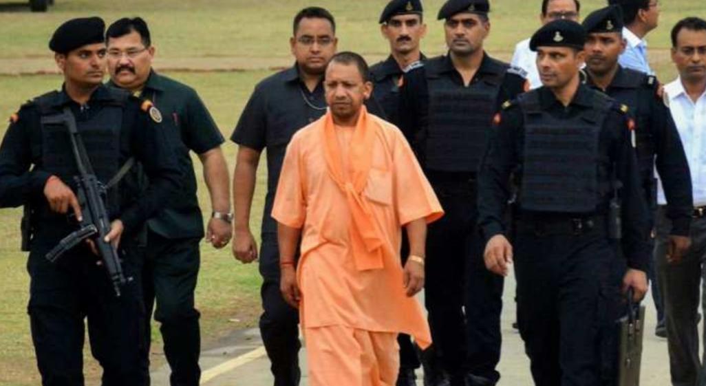 राम मंदिर भूमि पूजन का जायजा लेने अयोध्या पहुंचे CM योगी, 5 अगस्त को PM आयेंगे