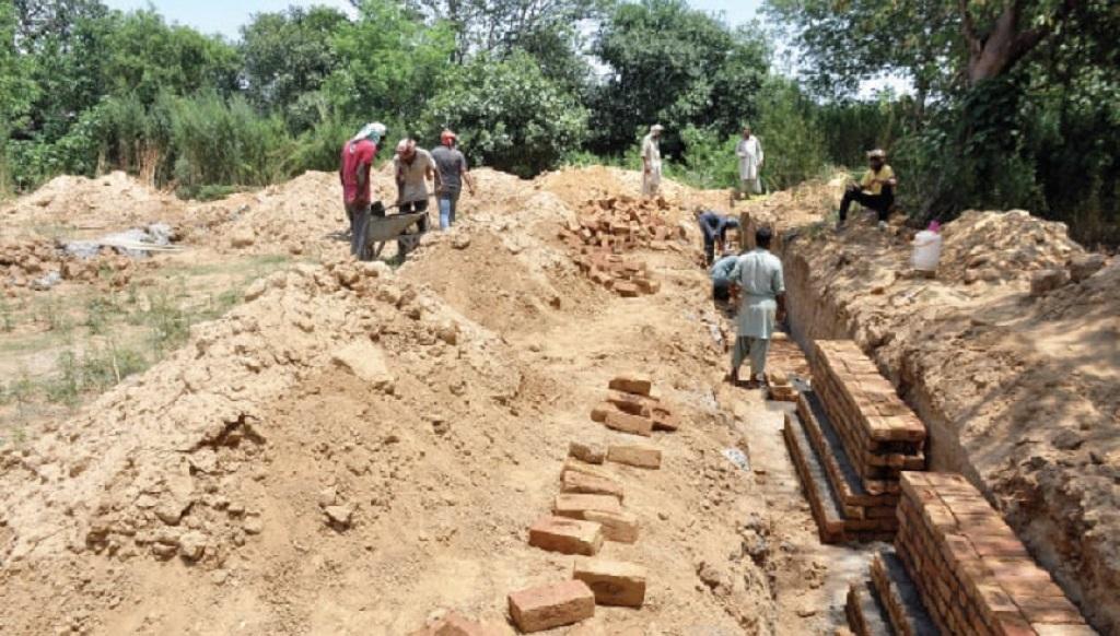 इस्लामाबाद में बनने वाले मंदिर पर लगा रोक, नींव का ऊपरी हिस्सा कट्टरपंथी गुट के लोगों ने तोड़ा