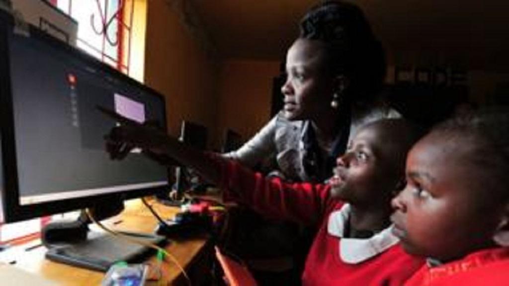 कोरोना संकट के कारण केन्या के सभी स्कूल अगले साल जनवरी तक रहेंगे बंद